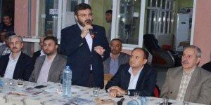 """""""Genç nesil kendisini bildiğinden beri AK Parti'nin tek başına iktidarıyla yürümüş."""""""