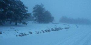 Yılın ilk karı Madran'ı beyaza bürüdü