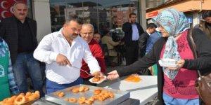 MHP ve Ülkü Ocağı Türkeş için hayır yaptı