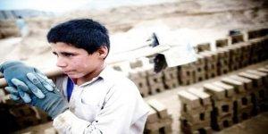 Suriye'de yaklaşık 2 milyon çocuk...