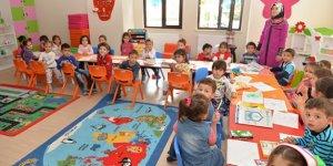 """MEB'de """"zorunlu okul öncesi eğitim için müfredat"""" mesaisi"""