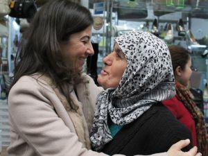 CHP'Lİ ERKUT 'PERŞEMBE PAZARI'NI GEZDİ