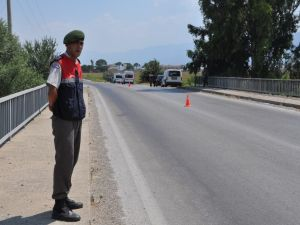 NAZİLLİ'DE 5 ADET SAVUNMA TİPİ EL BOMBASI BULUNDU