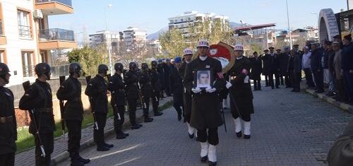 EMEKLİ ALBAY NAZİLLİ'DE SONSUZLUĞA UĞURLANDI