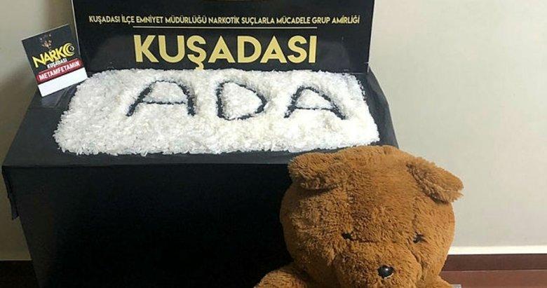Oyuncak ayıdan 1 kilo uyuşturucu çıktı