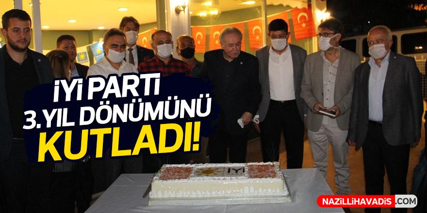İYİ Parti 3 yıl dönümünü kutladı