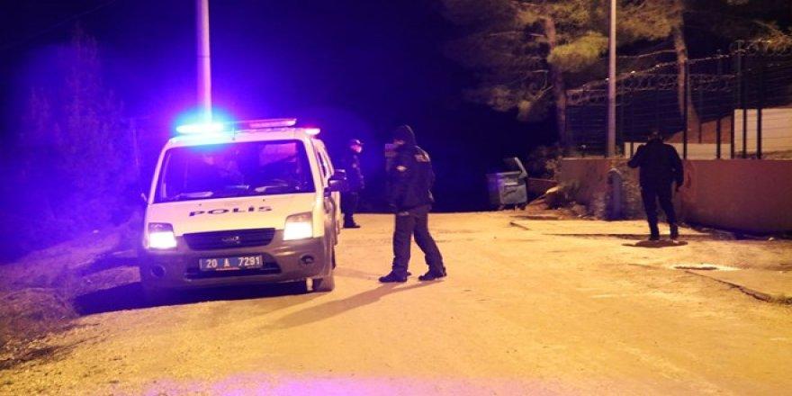 Dağda mahsur kalan 3 kişi için arama kurtarma çalışması başlatıldı
