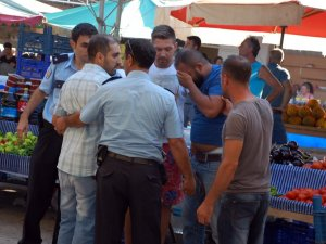 Didim'de Halk Pazarında Esnaflar Kavga Etti