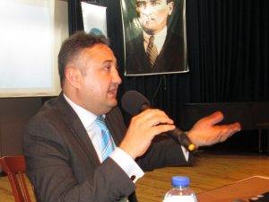Nazilli'de 'Kırım'da Türk Varlığı ve Tarihi' Konuşuldu