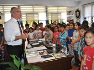 Öğrencilerden Başkan Kaleye Ziyaret