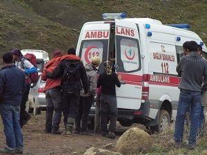 Sağlık Ekibinden Nefes Kesen Yaralı Kurtarma Operasyonu