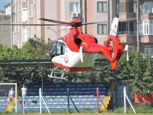 Hava Ambulansı Sahaya Girdi, İkinci Yarı Gecikmeli Başladı