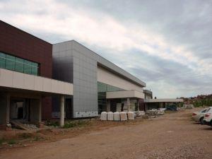 Gediz Devlet Hastanesi'nin İnşaatı Yeniden Başladı