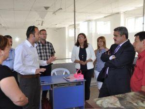 Başkan Alıcık, İsabeyli El Sanatları Kursunu Ziyaret Etti