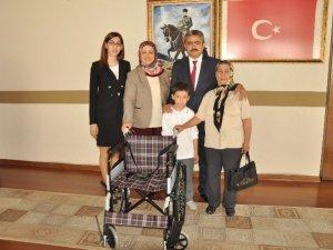 Nazilli Belediyesi Üç Engelliye Daha Çare Oldu