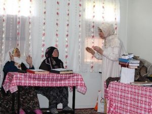 129 Kadın Çiftçiye Eğitim Verildi