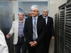 Karşıyaka'da Temiz Gıdaya 'Teşekkür Plaketi'