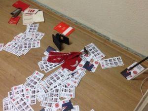 Balıkesir'de CHP Temsilciliğine Saldırı