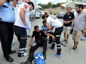 Motosikletli Polis Trafik Kazasında Yaralandı
