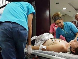 Boğaz Sularına Düşen Genç, Hastanede Yaşam Mücadelesi Veriyor