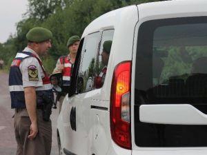 Yalova'da Askeri Eğitim Uçağı Düştü: 2 Yaralı