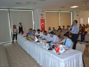 İzmir Üniversitesi Tıp 3. Öğrenci Günleri