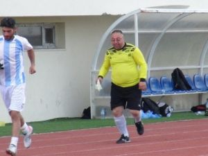 Kurumlararası Futbol Turnuvasında Gazeteciler Cemiyeti Esti 5-2