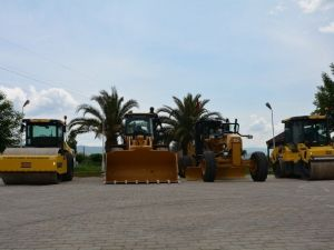 Efeler Belediyesi Bozuk Yol Bırakmayacak