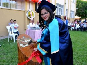 Söke Hilmi Fırat Anadolu Lisesi 175 Öğrenci Mezun Etti