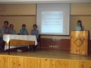 """Öğrencilerden '100. Yılında Ermeni Gerçeği Ve Barışın Yeniden Sağlanması"""" Konferansı'"""
