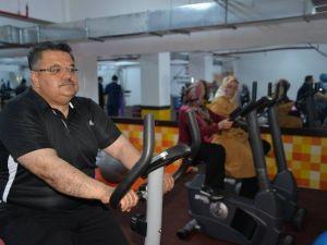 Bilecik Belediyesi Spor Merkezi Vatandaşların Hizmetine Girdi