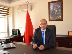 """Mustafa Sezer; """"İş Dünyası Belirsizlikten Endişeli"""""""