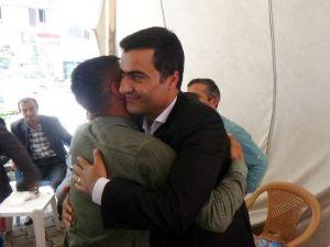HDP Milletvekilleri Tebrikleri Kabul Etti