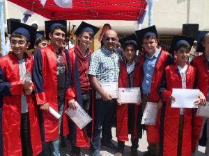 Erzincan Cumhuriyet Ortakulunda Mezuniyet Sevinci