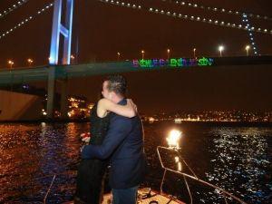 Çorumlu Genç'ten Boğaziçi Köprüsü'nde Evlenme Teklifi