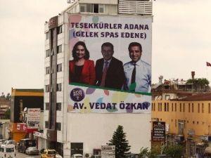 Hdp'den Kürtçe Ve Türkçe 'Teşekkürler Adana' Afişi