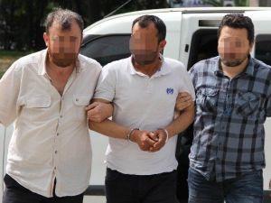 Evlerinde Uyuşturucu Ele Geçirilen Kardeşler Gözaltına Alındı