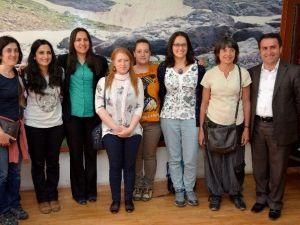 Brötanya Kürt Dostluk Derneği Hakkari Belediyesini Ziyaret Etti