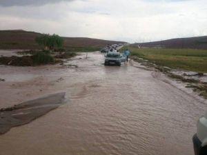 Sungurlu'da Ekili Arazileri Dolu Vurdu