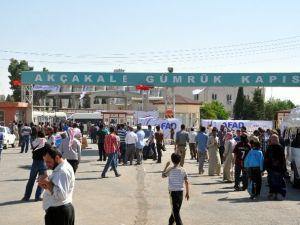 Sınırdan 10 Bin Suriyeli Geçiş Yaptı
