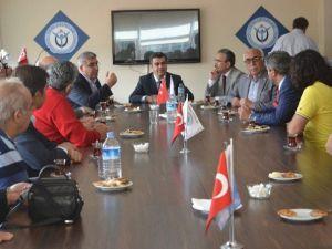 Vali Düzgün'den Yeni Ufuklar Derneği Başkanı Argunşah'a Ziyaret