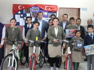 """Selim'de """"Kumbaramdaki Başarı"""" Projesi Öğrencileri Sevindirdi"""