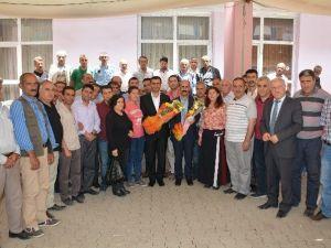 Belediye Emekçilerinden Zeydan Ve Akdoğan'a Kutlama Ziyareti
