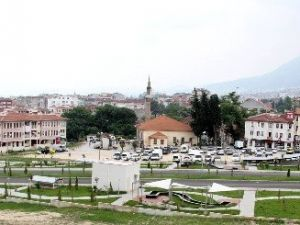 Bursa'da Ucuz Otopark Dönemi Başlıyor
