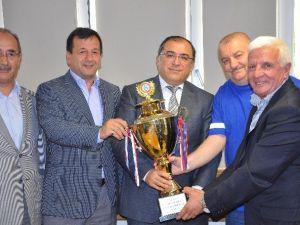 Kümaşspor Kupasına Kavuştu