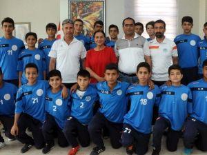 Akdeniz Belediyespor U14 Futbol Takımı 4'lü Finallere Kaldı