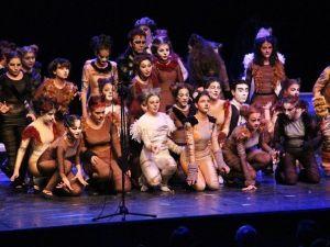 TED Koleji Öğrencileri Cats Müzikali'ni Sahnelendiler