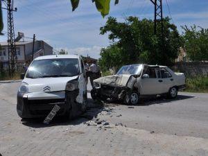 Tekirdağ'da Trafik Kazası: 7 Yaralı
