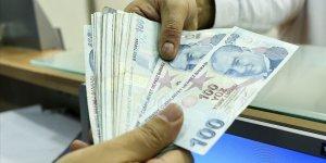 Kamu çalışanları maaşlarını bayramdan önce alacak