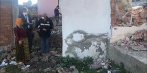 Karacasu Belediyesi Alemler Mahallesi'nin taleplerini yerine getiriyor